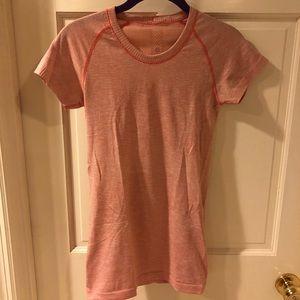Short sleeve Lululemon shirt